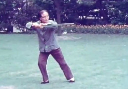Wu Yinghua Performs Wu Family Tai Chi Sword